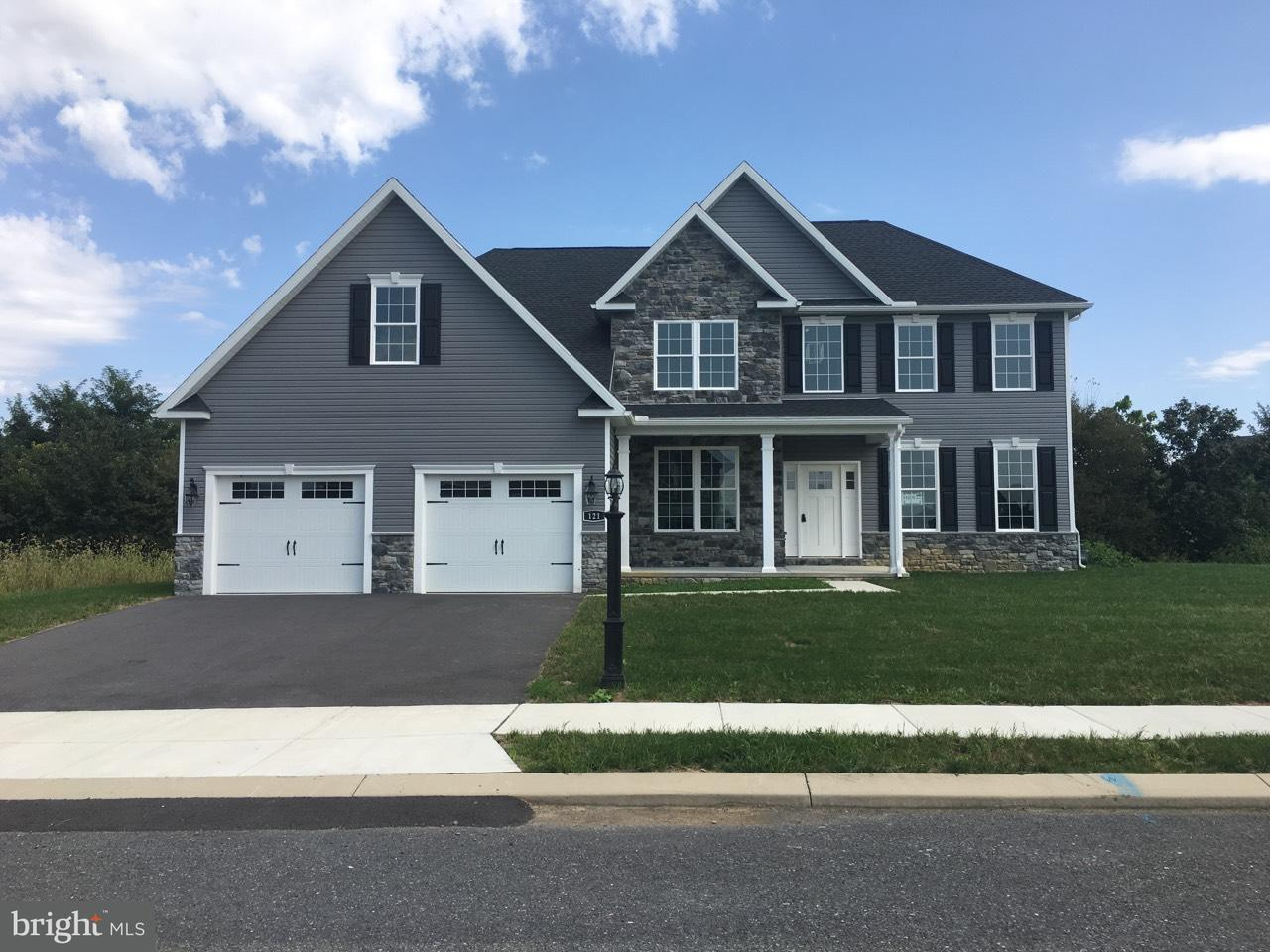 Single Family for Sale at 121 Delanie Dr Greencastle, Pennsylvania 17225 United States