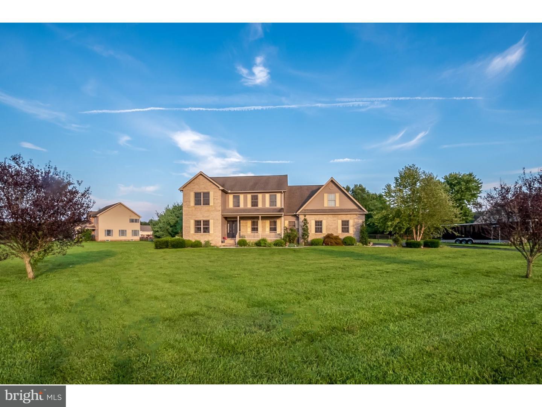 Casa para uma família para Venda às 854 FOX CHASE Road Felton, Delaware 19943 Estados Unidos
