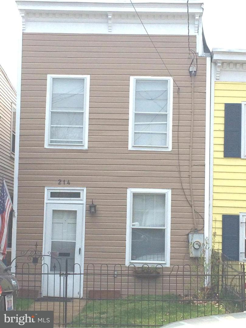 Other Residential for Rent at 214 Payne St N Alexandria, Virginia 22314 United States