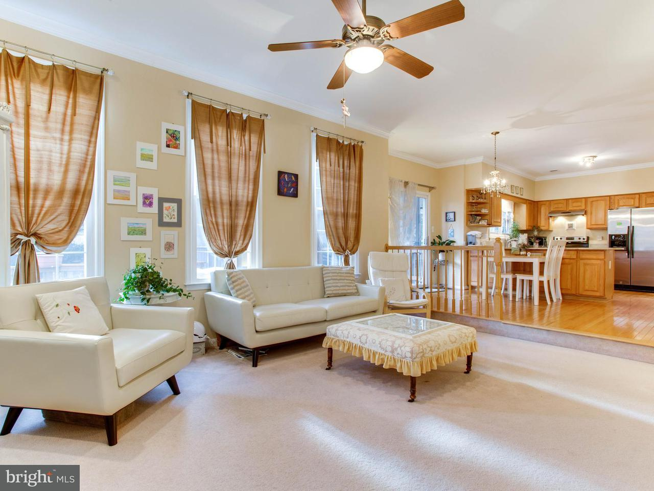 Additional photo for property listing at 4219 Trowbridge Street 4219 Trowbridge Street Fairfax, Virginia 22030 Estados Unidos