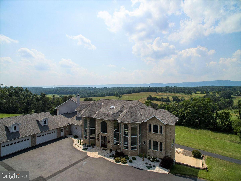 Farm for Sale at 340 Ridge Hollow Rd Edinburg, Virginia 22824 United States