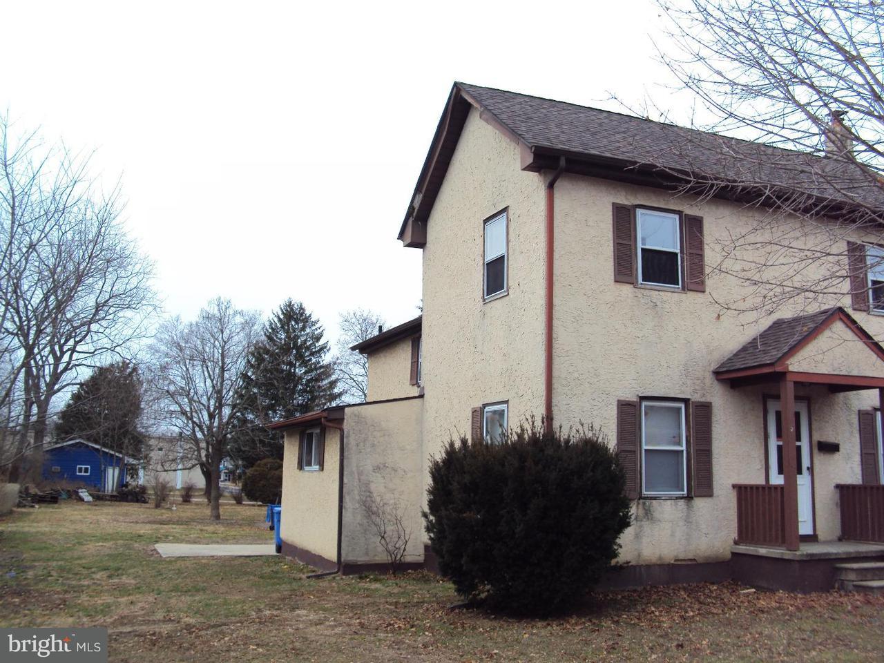 Maison unifamiliale pour l à louer à 328 N MAIN Street Clayton, New Jersey 08312 États-Unis