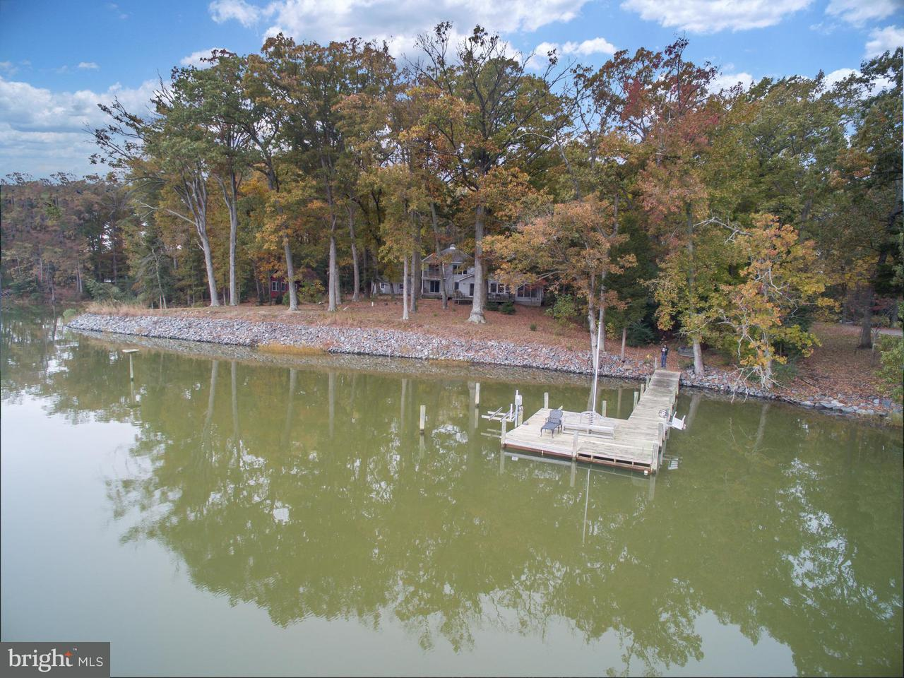 Single Family Home for Sale at 951 Bonum Point Lane 951 Bonum Point Lane Kinsale, Virginia 22488 United States