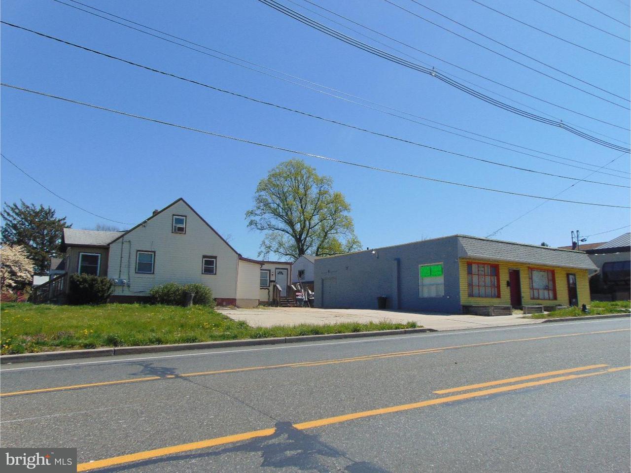 独户住宅 为 销售 在 4 E 11TH Avenue Runnemede, 新泽西州 08078 美国