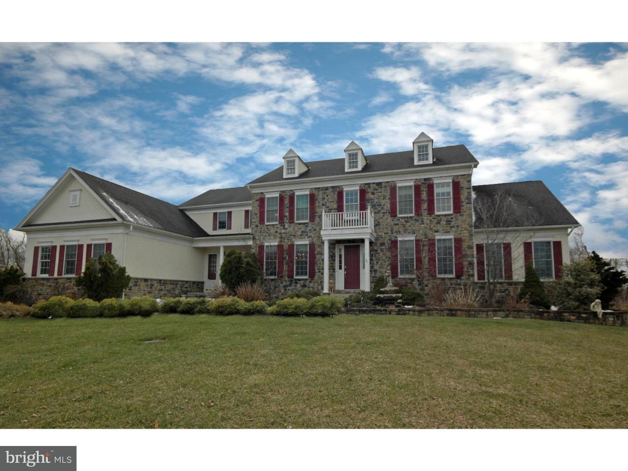 Maison unifamiliale pour l Vente à 10 GRANT Drive Allentown, New Jersey 08514 États-UnisDans/Autour: Upper Freehold Township