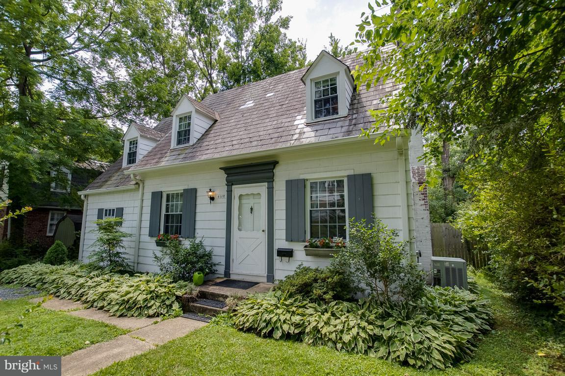 Single Family for Sale at 6118 Greenspring Ave Baltimore, Maryland 21209 United States
