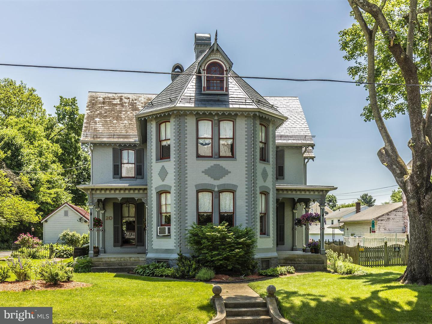 Single Family for Sale at 20 Pennsylvania Ave W Walkersville, Maryland 21793 United States
