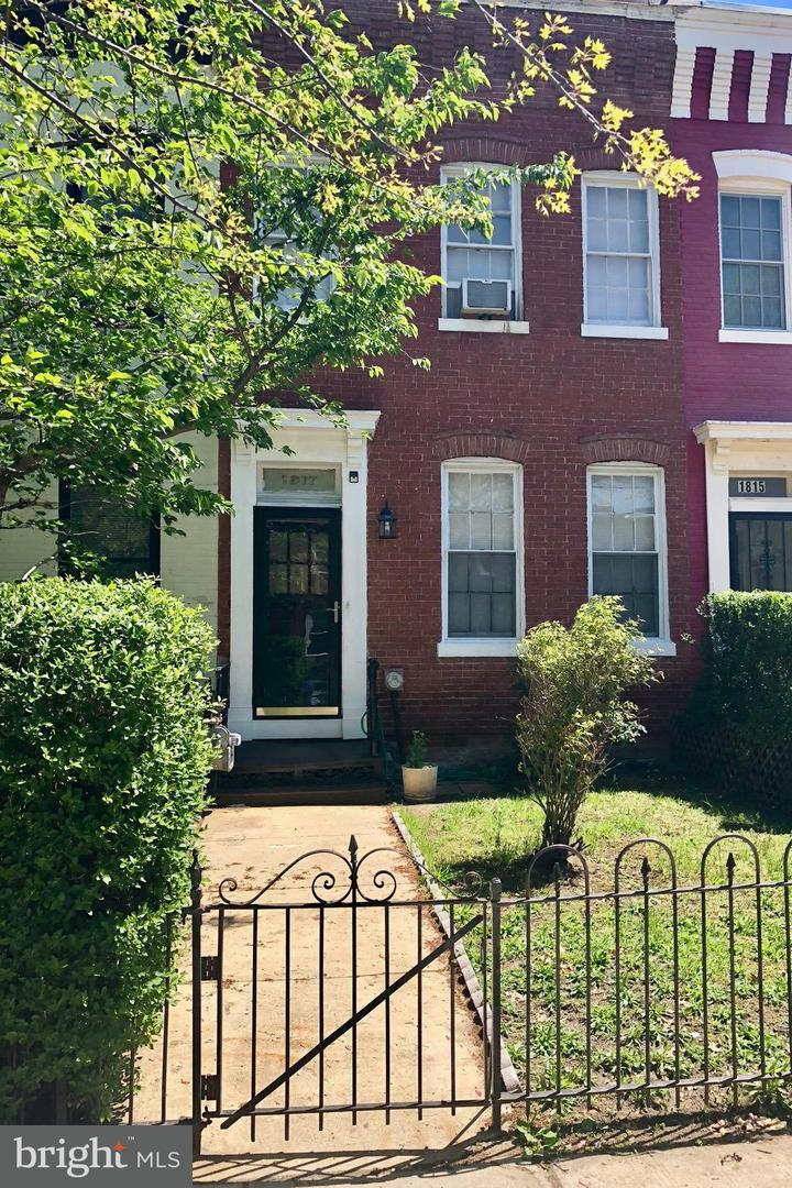 Single Family for Sale at 928 S St NW Washington, District Of Columbia 20001 United States