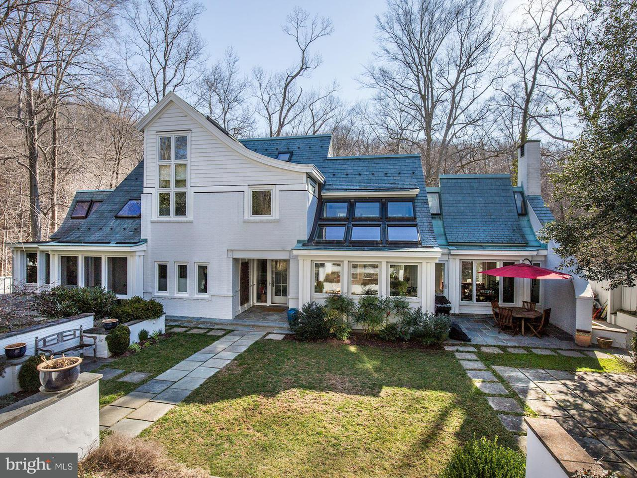 Single Family for Sale at 4630 Fieldstone Ln NW Washington, District Of Columbia 20008 United States