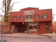 Commercial pour l Vente à 10 Carroll St N 10 Carroll St N Frederick, Maryland 21701 États-Unis