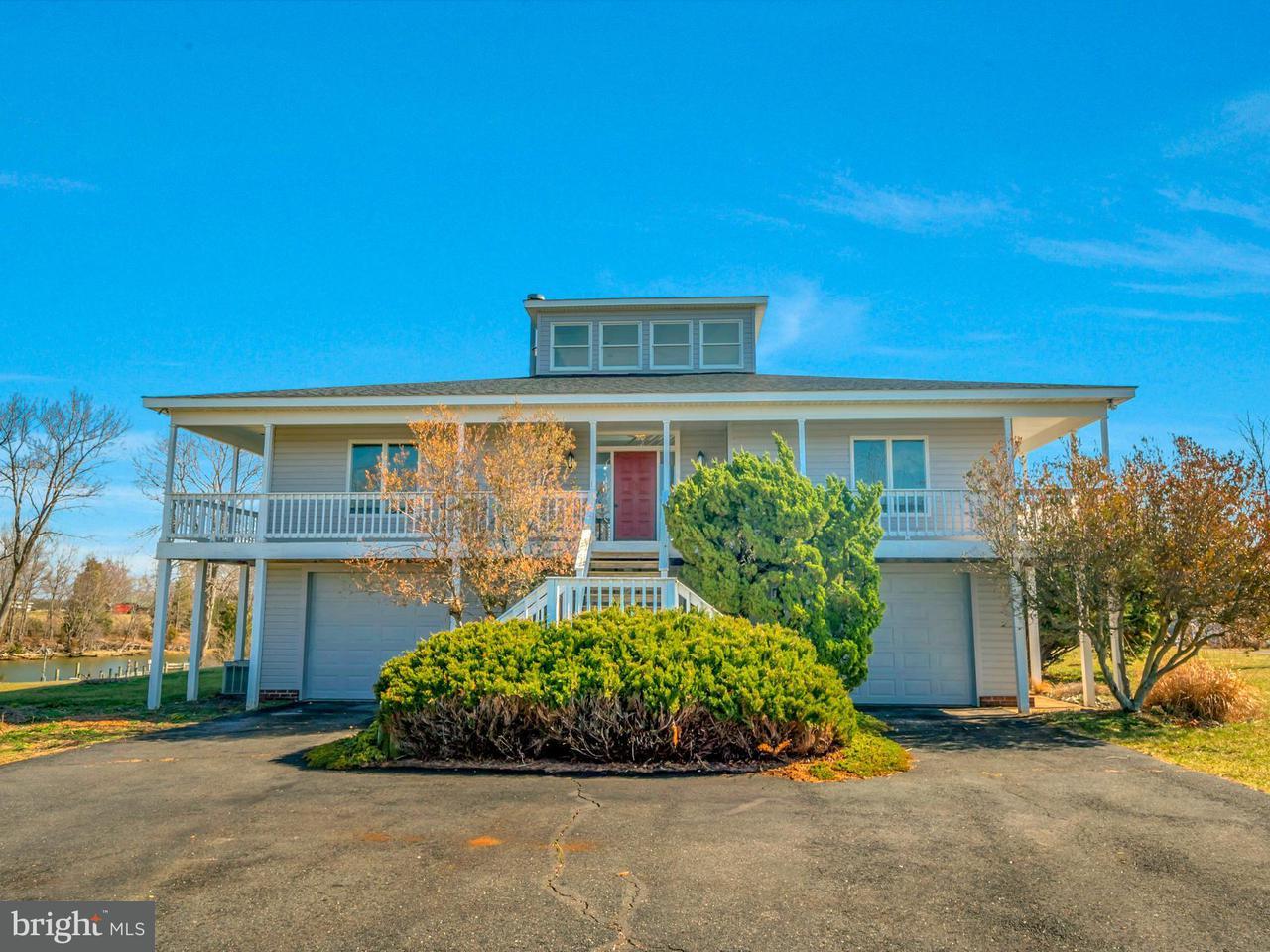 獨棟家庭住宅 為 出售 在 250 Matthews Cove Drive 250 Matthews Cove Drive Montross, 弗吉尼亞州 22520 美國