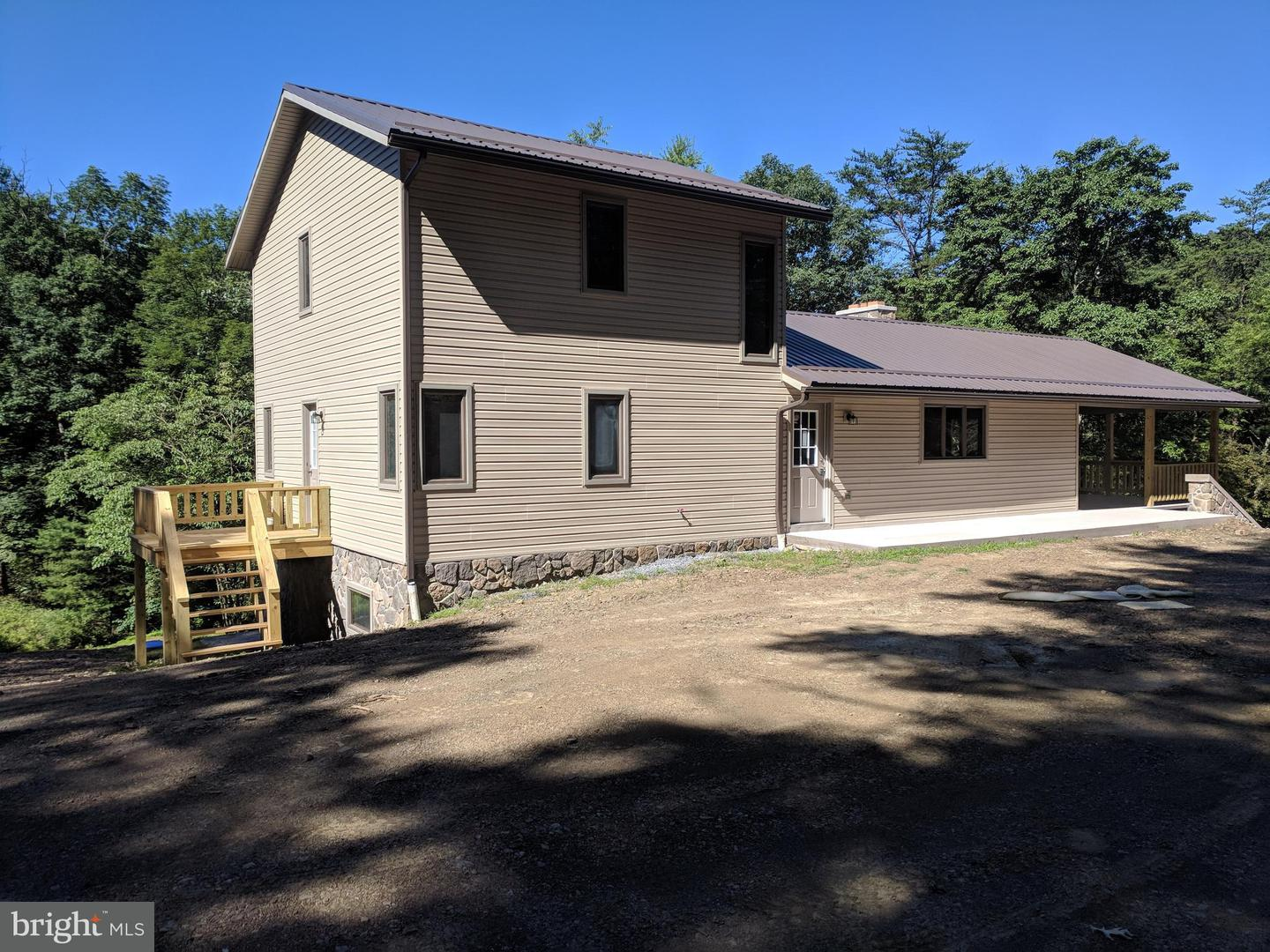 Single Family for Sale at 1702 Sheepskin Hollow Road Fort Littleton, Pennsylvania 17223 United States