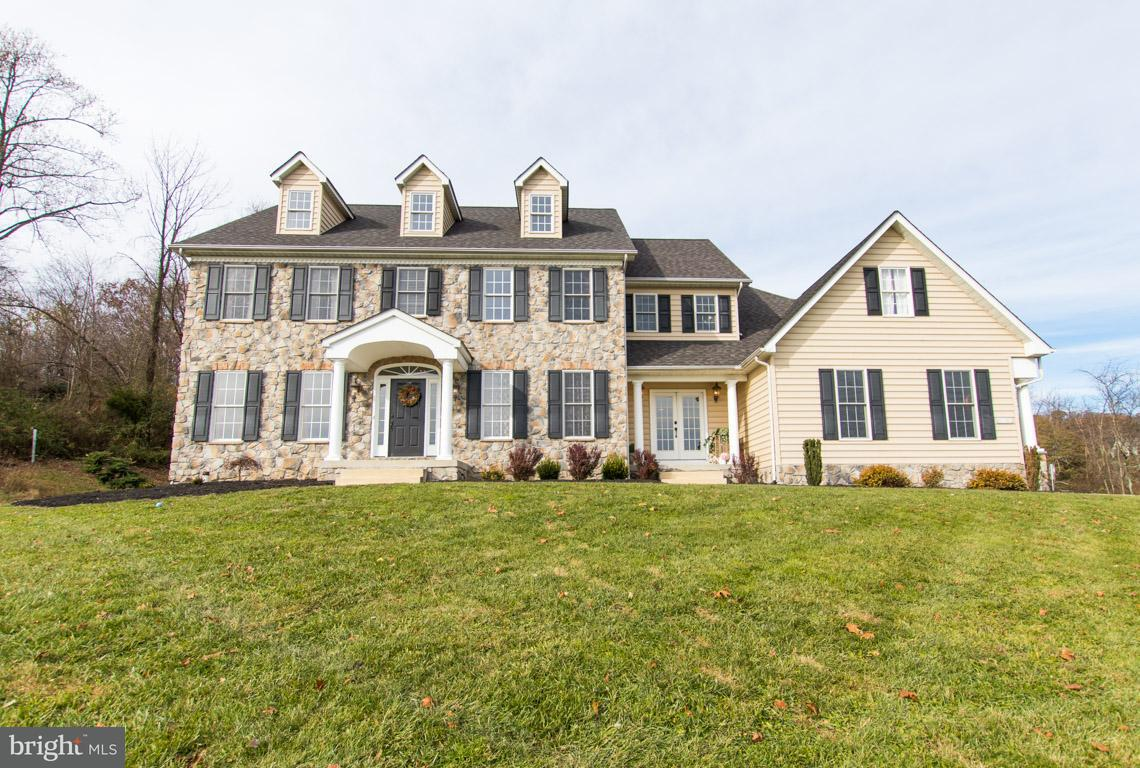 Single Family Home for Sale at 4838 Wentz Road 4838 Wentz Road Manchester, Maryland 21102 United States