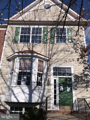 Property for sale at 927 Halleck Dr, Frederick,  MD 21701