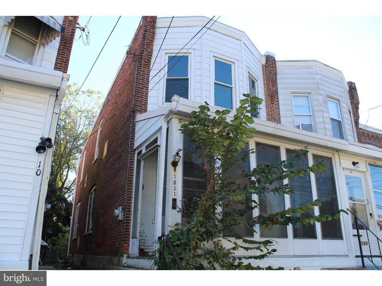 Maison accolée pour l Vente à 1031 WOODSIDE Avenue Upland, Pennsylvanie 19015 États-Unis