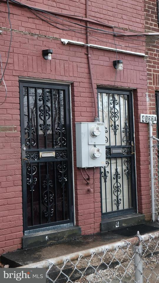 Single Family for Sale at 4127 Hunt Pl NE Washington, District Of Columbia 20019 United States