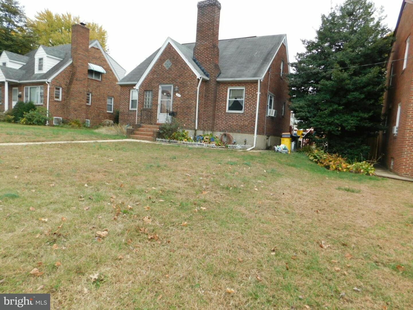 Single Family for Sale at 315 Frankle St Baltimore, Maryland 21225 United States