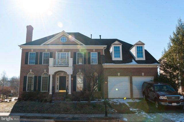 Single Family Home for Sale at 3850 Farr Oak Circle 3850 Farr Oak Circle Fairfax, Virginia 22030 United States