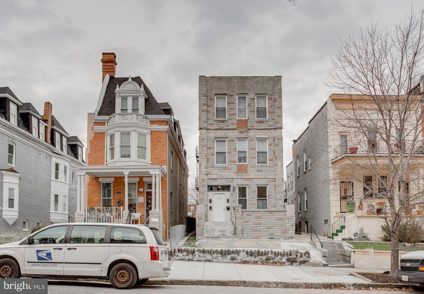 Single Family for Sale at 2227 Linden Ave Baltimore, Maryland 21217 United States