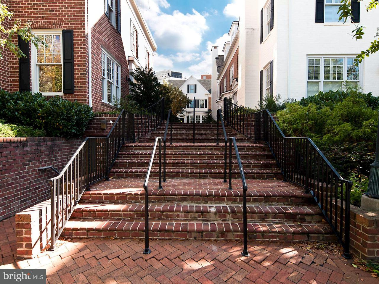 Townhouse for Sale at 7453 Arlington Road 7453 Arlington Road Bethesda, Maryland 20814 United States