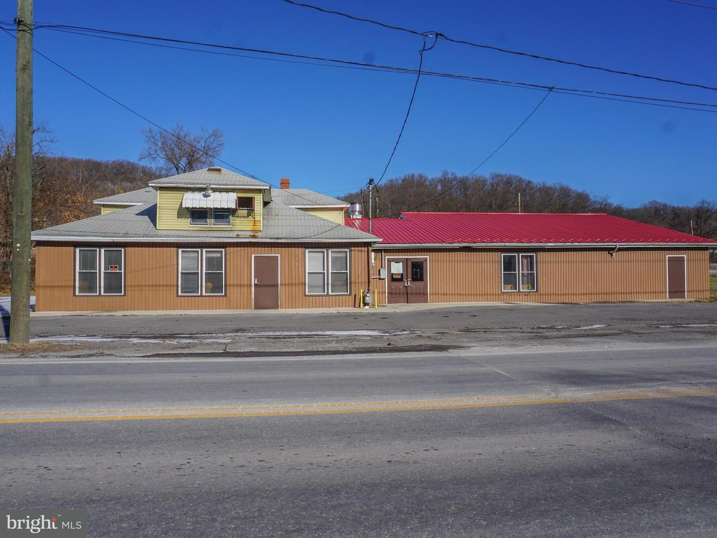 Commercial for Sale at 21415 Queens Point Rd SW McCoole, Maryland 21562 United States