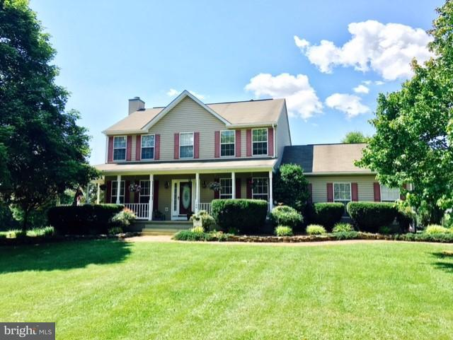 Single Family for Sale at 146 Garland Dr Summit Point, West Virginia 25446 United States