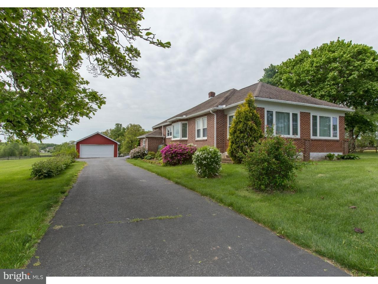 独户住宅 为 销售 在 1691 NEW LONDON Road 兰登伯格, 宾夕法尼亚州 19350 美国