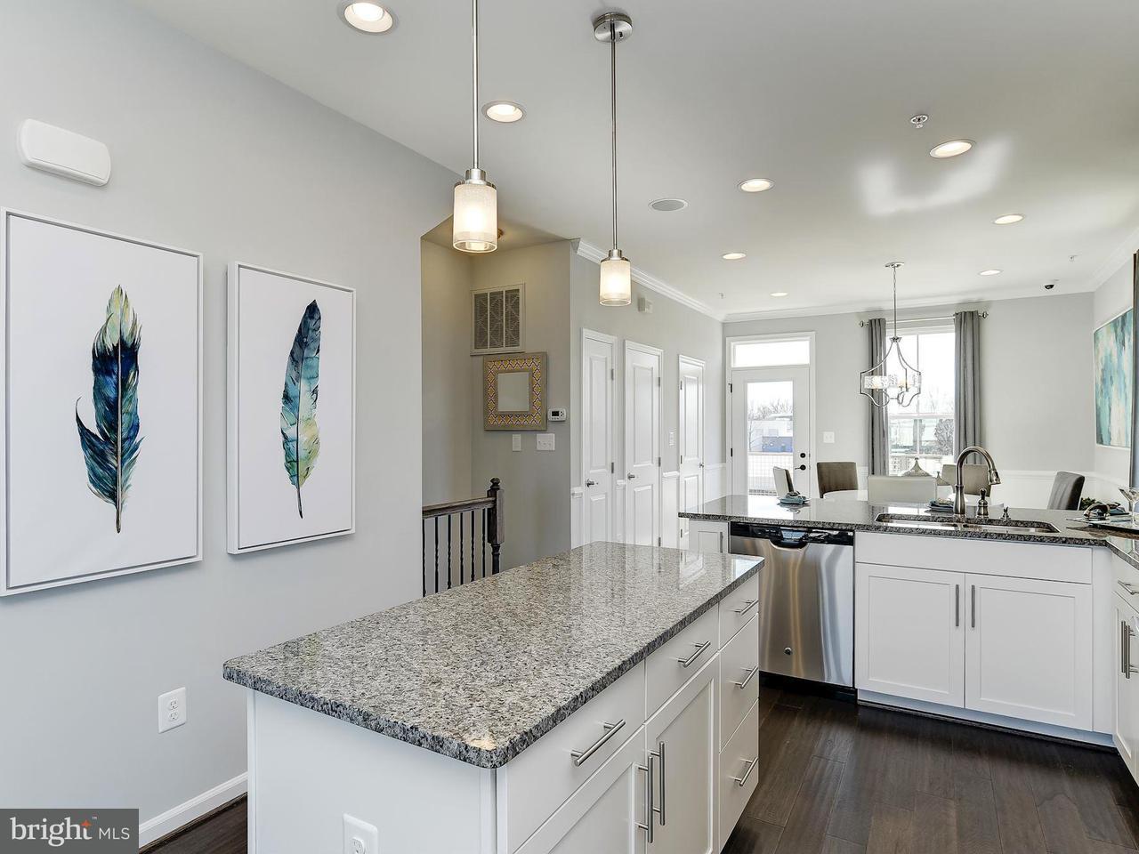 Additional photo for property listing at 3621 Jamison St Ne 3621 Jamison St Ne Washington, Distretto Di Columbia 20018 Stati Uniti