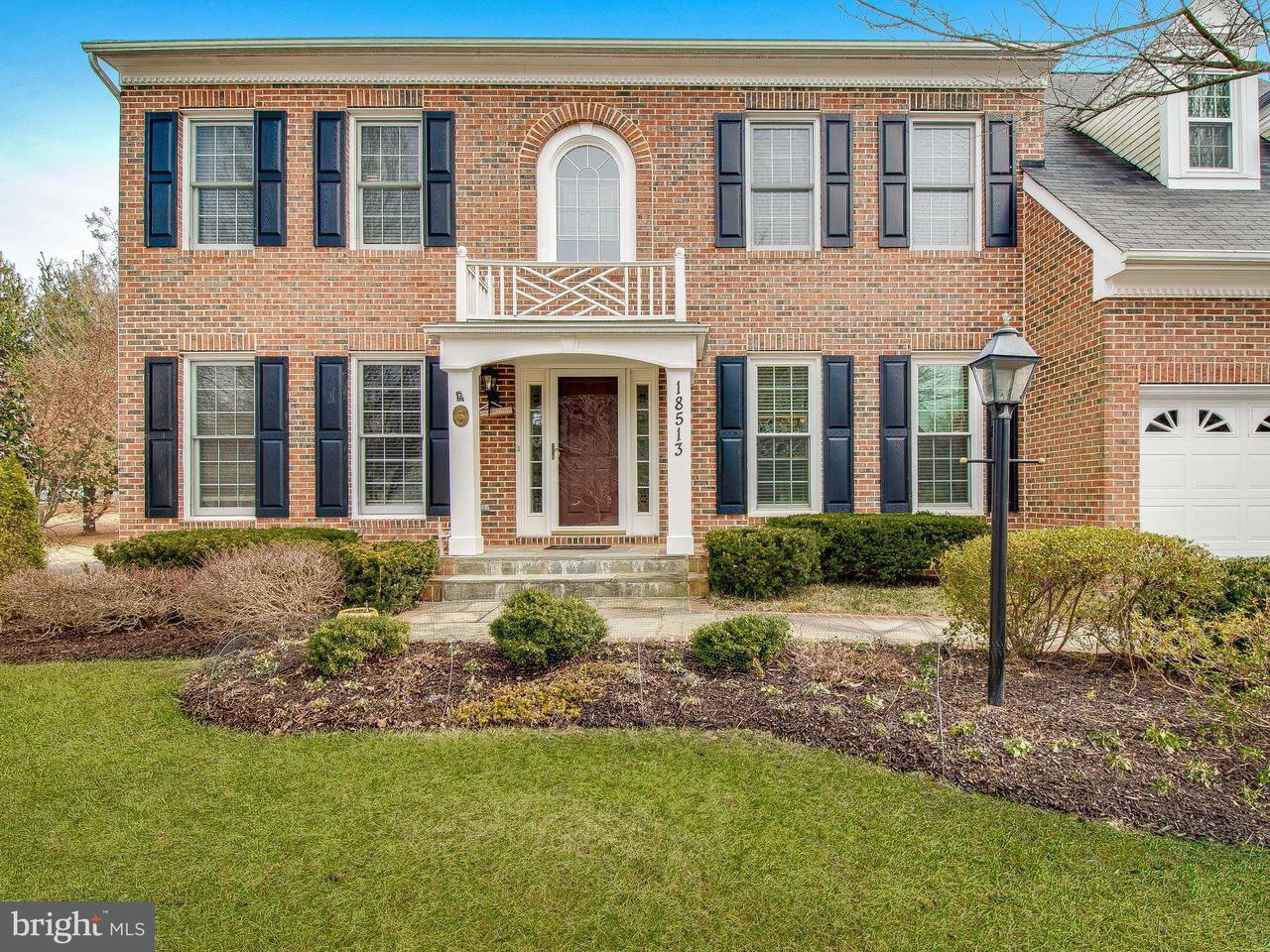 Частный односемейный дом для того Продажа на 18513 Denhigh Circle 18513 Denhigh Circle Olney, Мэриленд 20832 Соединенные Штаты
