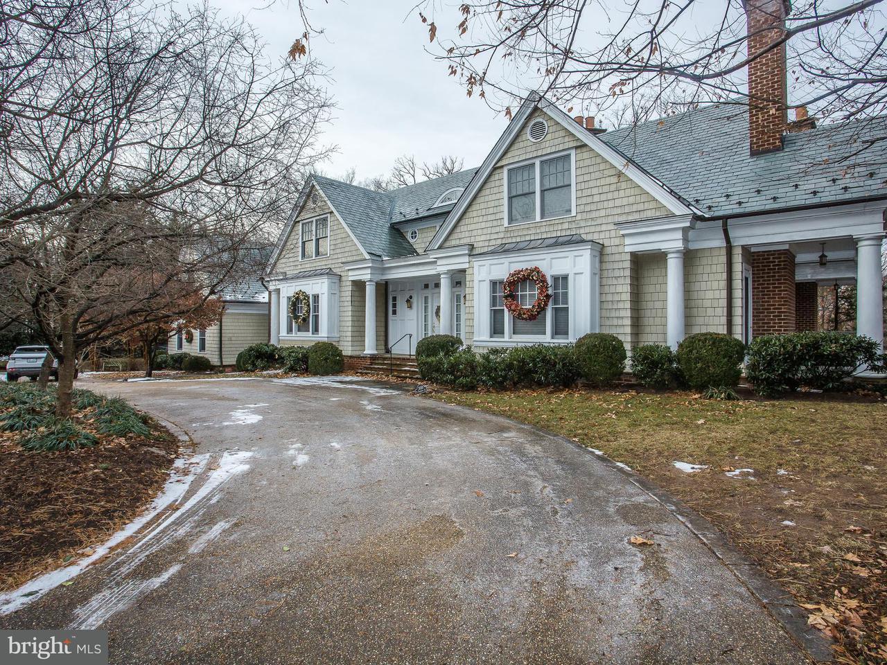 Μονοκατοικία για την Πώληση στο 3030 Dickerson St N 3030 Dickerson St N Arlington, Βιρτζινια 22207 Ηνωμενεσ Πολιτειεσ