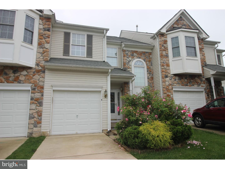 Maison unifamiliale pour l à louer à 15 FARMINGTON Court Bordentown, New Jersey 08505 États-Unis