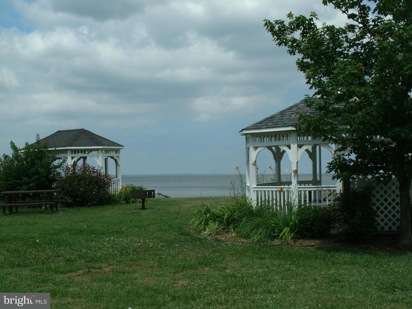 Additional photo for property listing at 5831 Clam Cv  Rock Hall, Maryland 21661 United States