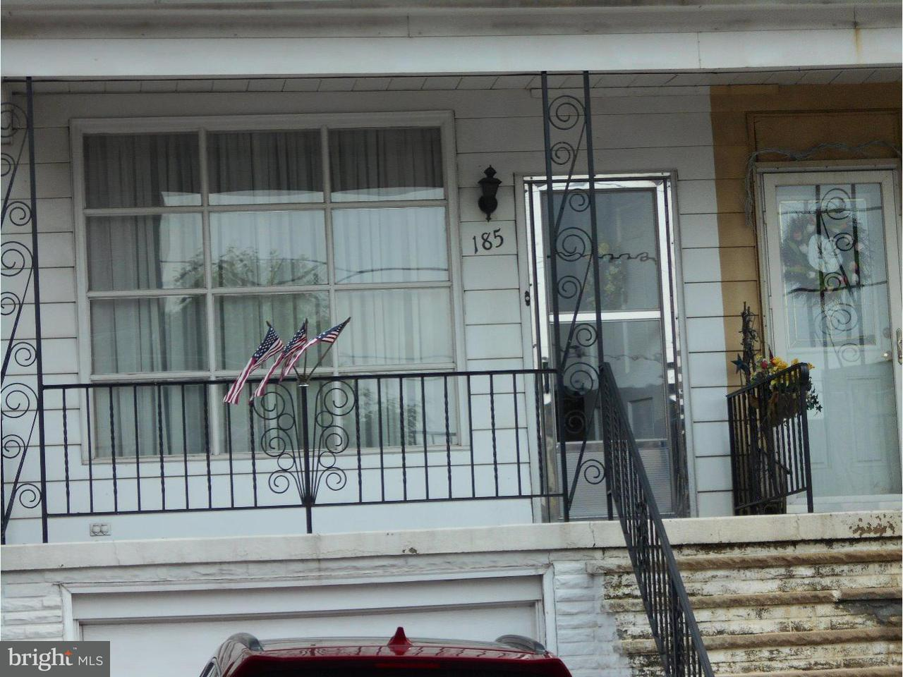 Maison unifamiliale pour l Vente à 185 SCHUYLKILL Avenue Shenandoah, Pennsylvanie 17976 États-Unis