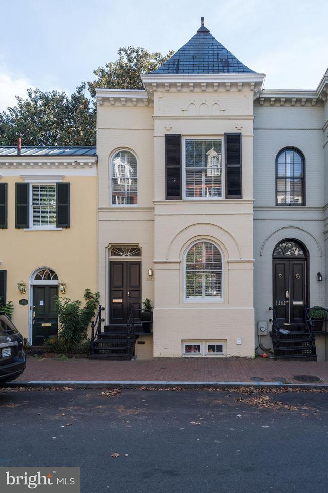 Maison accolée pour l Vente à 3280 N St Nw 3280 N St Nw Washington, District De Columbia 20007 États-Unis