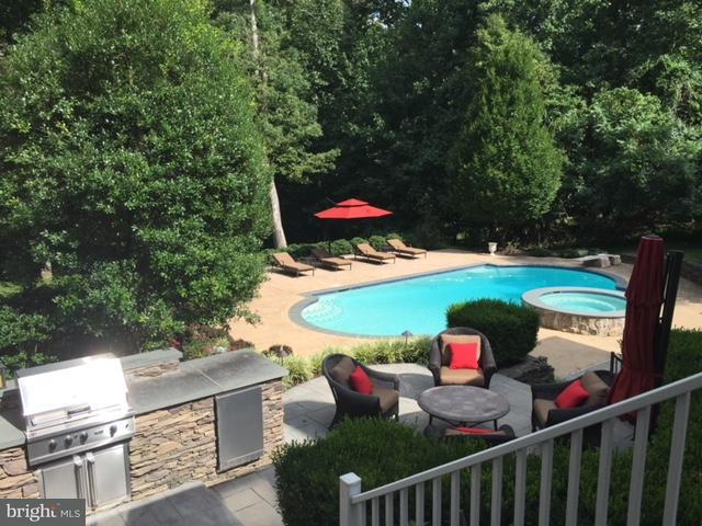 Single Family Home for Sale at 2948 Hunt Valley Drive 2948 Hunt Valley Drive Glenwood, Maryland 21738 United States
