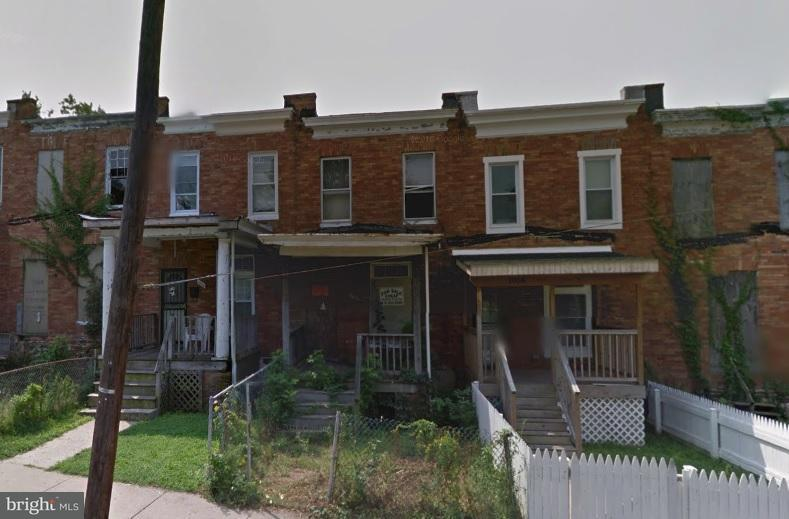 Single Family for Sale at 1004 Franklintown Rd N Baltimore, Maryland 21216 United States