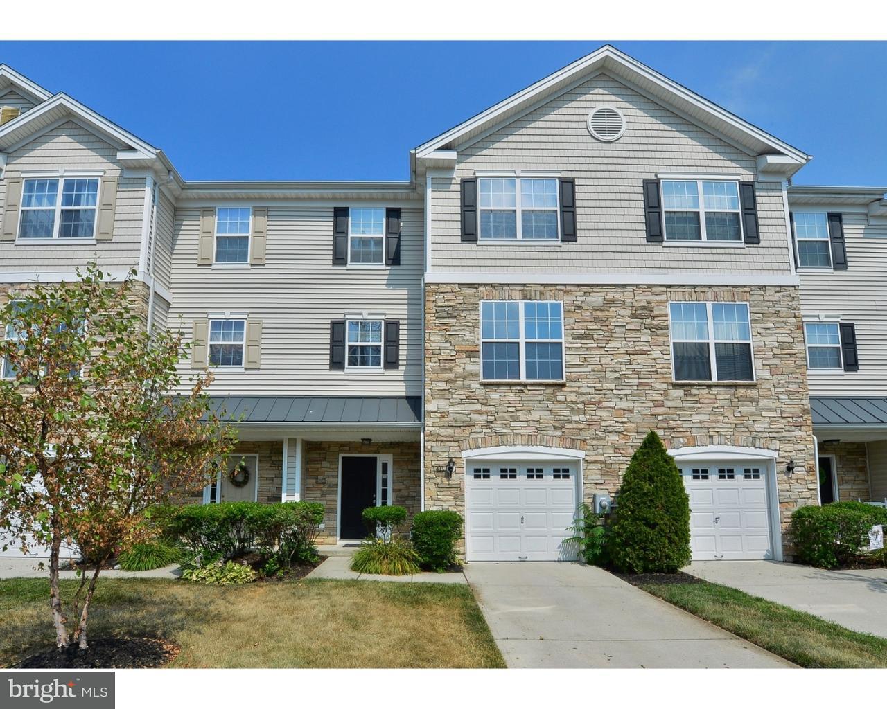 独户住宅 为 销售 在 148 ACORN Drive Mount Royal, 新泽西州 08061 美国