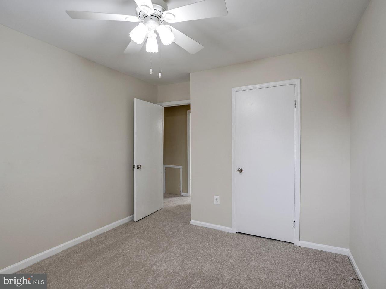 Additional photo for property listing at 2757 Blocker Place 2757 Blocker Place Falls Church, Virginia 22043 Stati Uniti