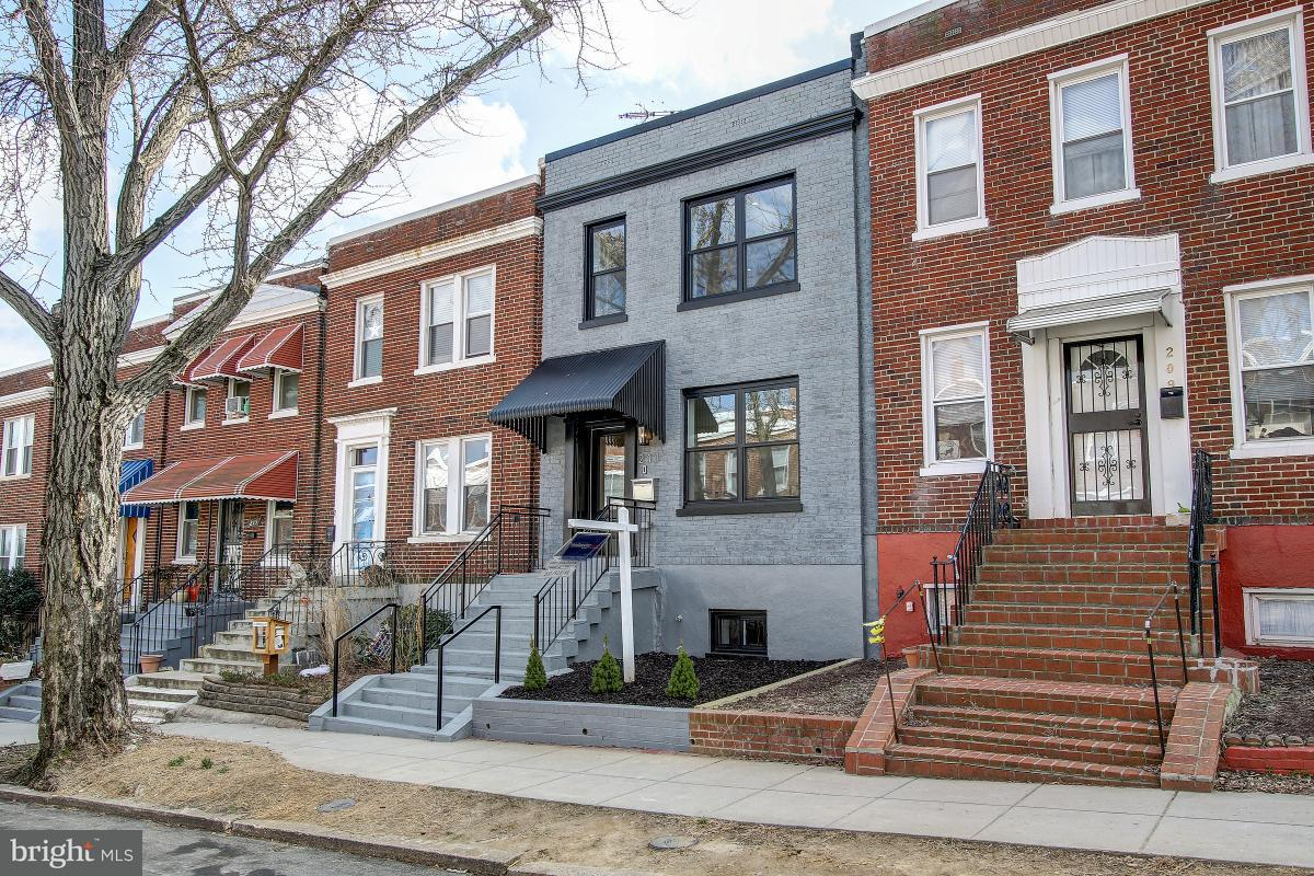 Single Family for Sale at 211 Ascot Pl NE Washington, District Of Columbia 20002 United States