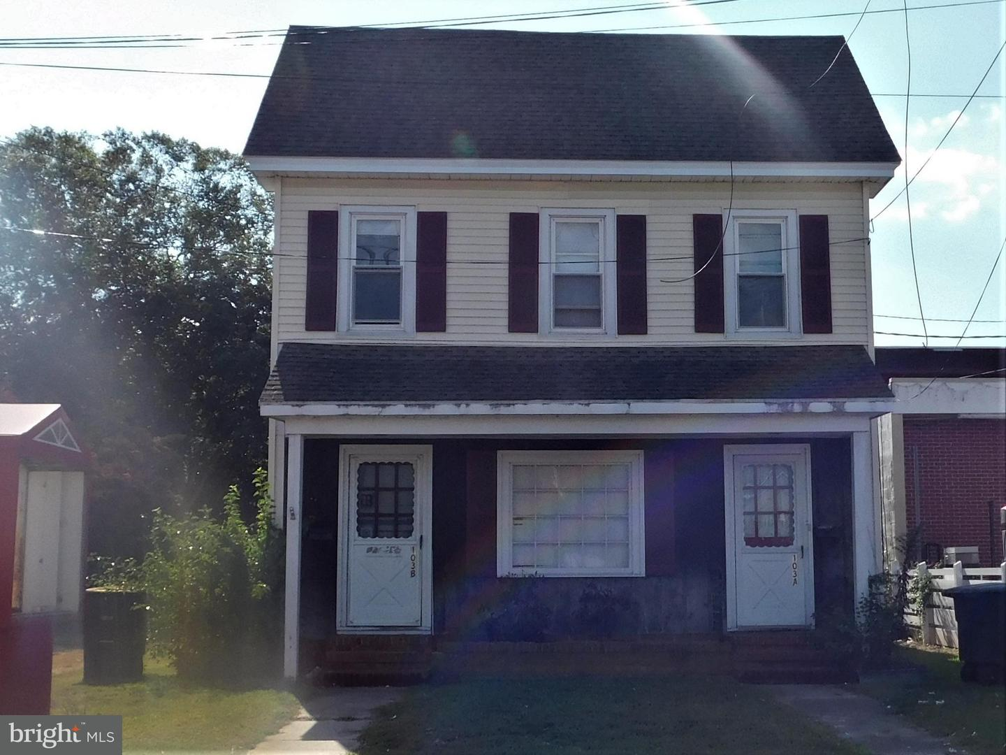 Commercial for Sale at 103 Main St Federalsburg, Maryland 21632 United States