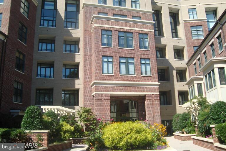 Condominium for Rent at 4750 41st St NW #506 Washington, District Of Columbia 20016 United States