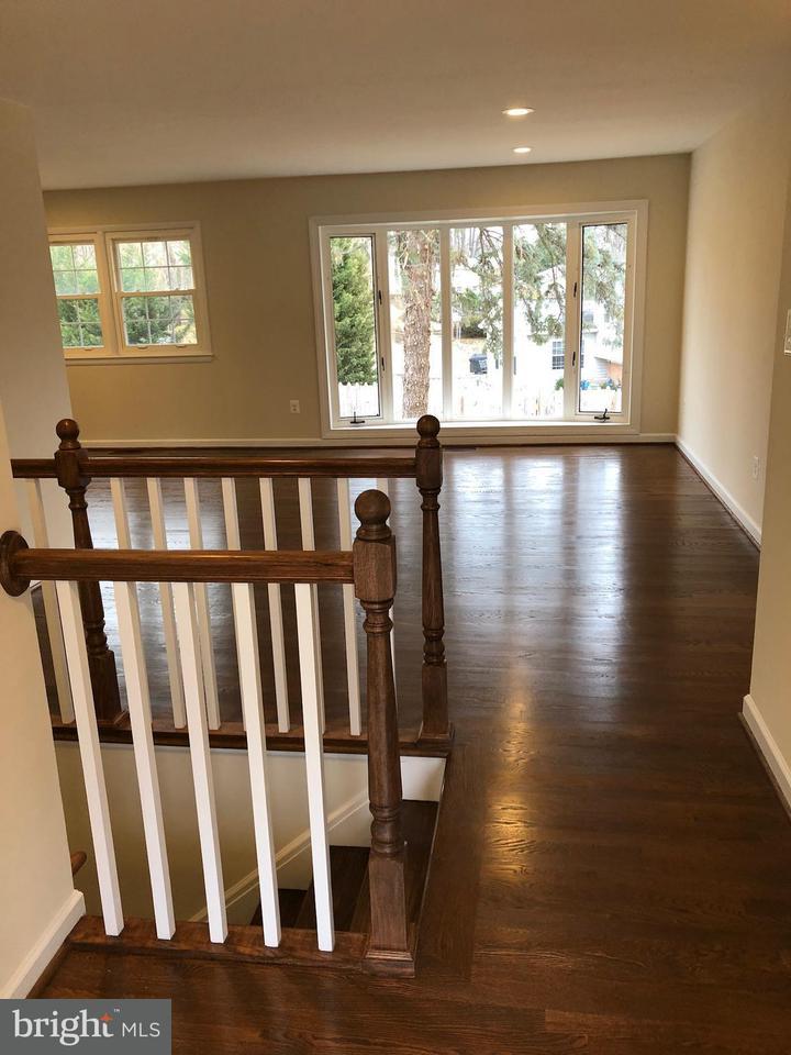 Additional photo for property listing at 3137 Singleton Circle 3137 Singleton Circle Fairfax, 弗吉尼亞州 22030 美國