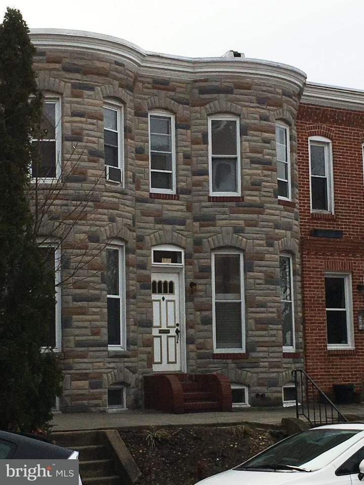 Single Family for Sale at 273 31st St Baltimore, Maryland 21211 United States