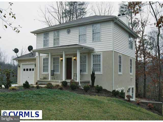 Single Family for Sale at 2303 Lyneville Rd Newtown, Virginia 23126 United States