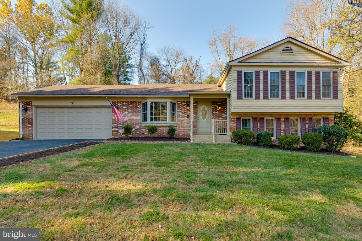 Single Family Home for Sale at 1122 Edward Drive 1122 Edward Drive Great Falls, Virginia 22066 United States