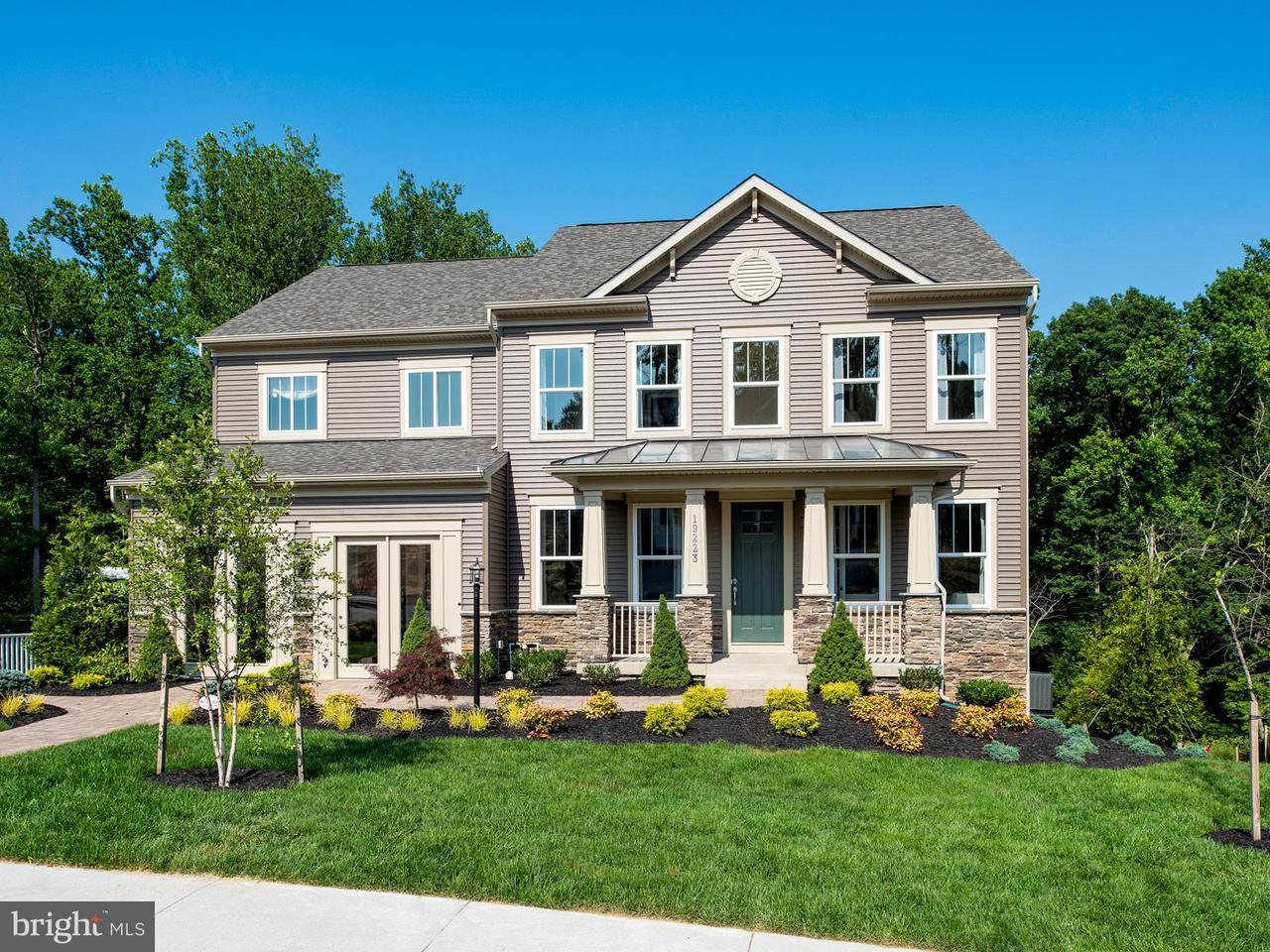 Casa Unifamiliar por un Venta en 19223 Stoney Ridge Place 19223 Stoney Ridge Place Triangle, Virginia 22172 Estados Unidos