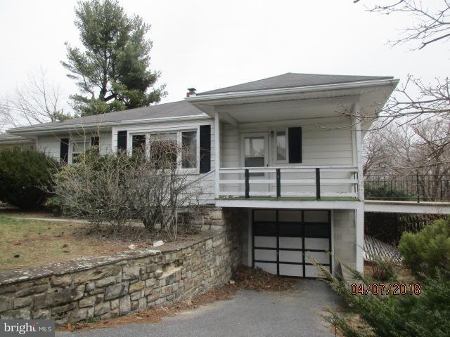 Single Family for Sale at 13556 Maryland Ave Blue Ridge Summit, Pennsylvania 17214 United States