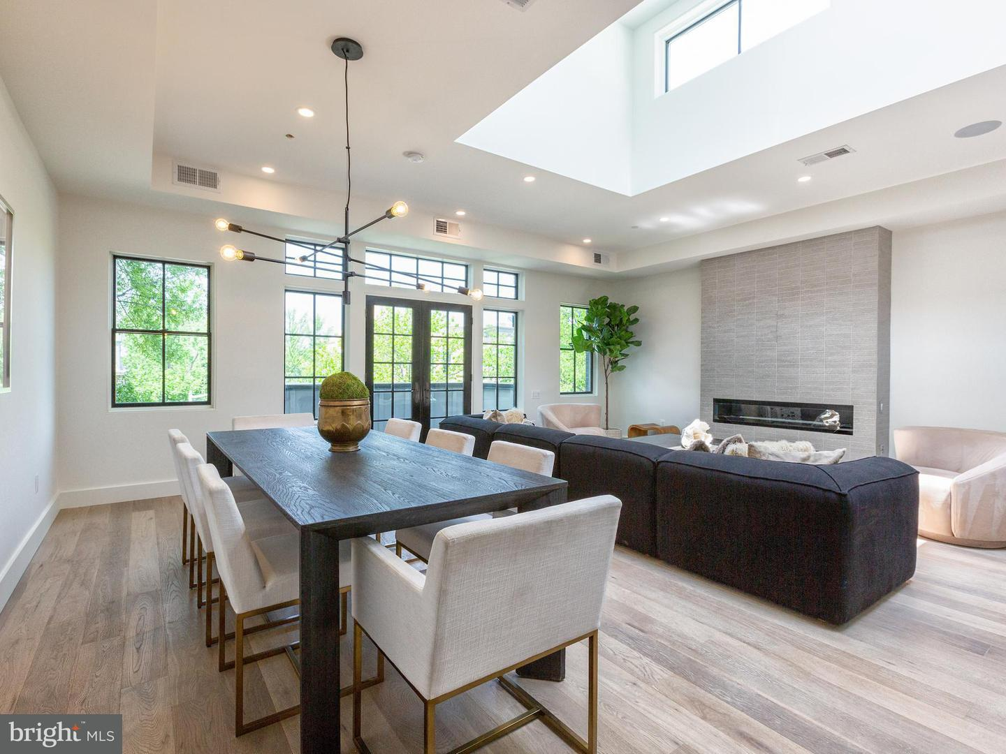 Single Family for Sale at 928 O St NW #3 Washington, District Of Columbia 20001 United States