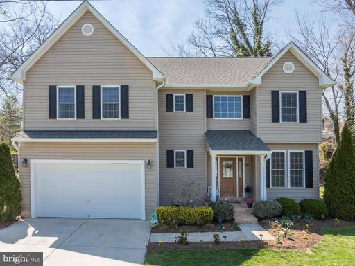 Property for sale at 10 Cedar St, Round Hill,  VA 20141