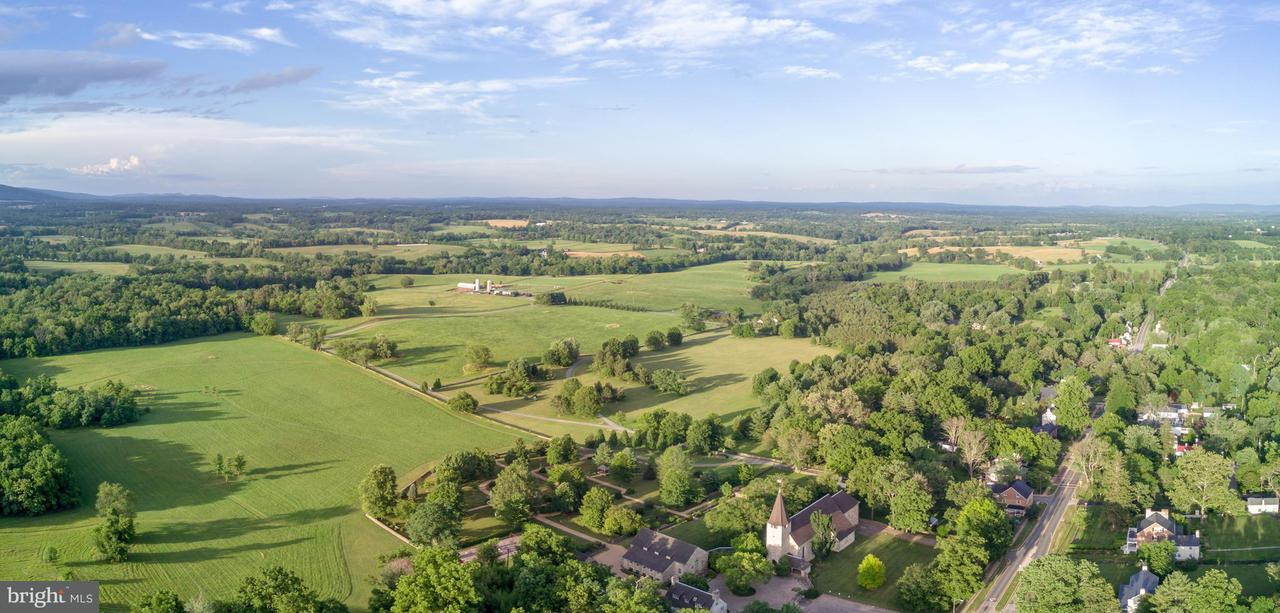 Single Family for Sale at 9008 John S Mosby Hwy Upperville, Virginia 20184 United States